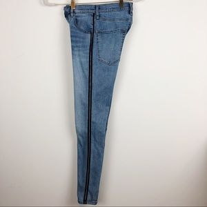 Garage Jeans - GARAGE HIGH WAIST SIDE STRIPE SKINNY JEANS SZ 3